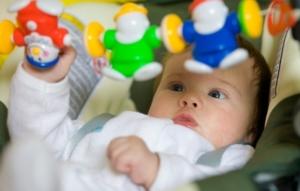 Как выбрать правильные игрушки для ребенка