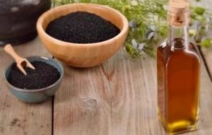 Масло черного тмина: кому пить нельзя